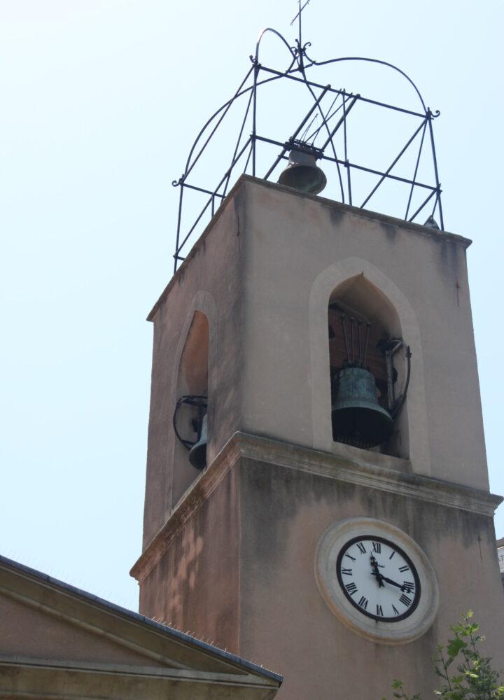 clocher_de_leglise_centre_ville_provence