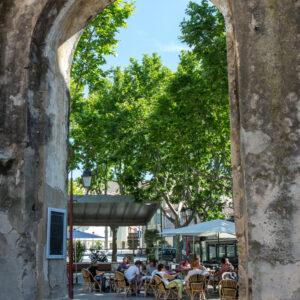 place_portalis_village_de_provence_arche