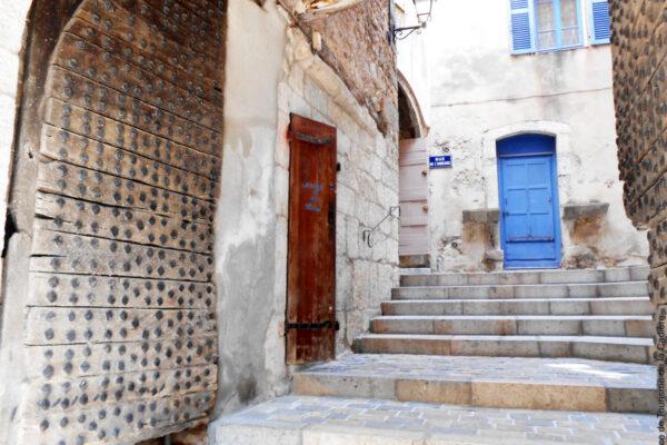 Ruelle et porte de la Cadiere d'Azur