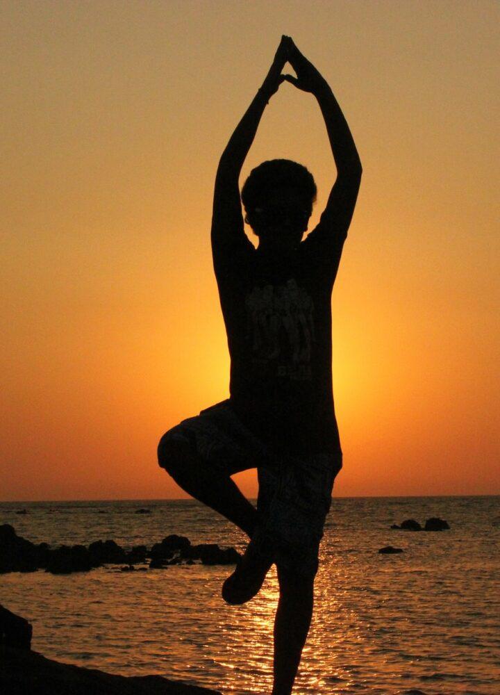 yoga_devant_la_mer_pixabay